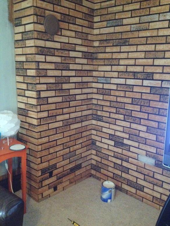 Painted Brick // thegoldbrickroad.com
