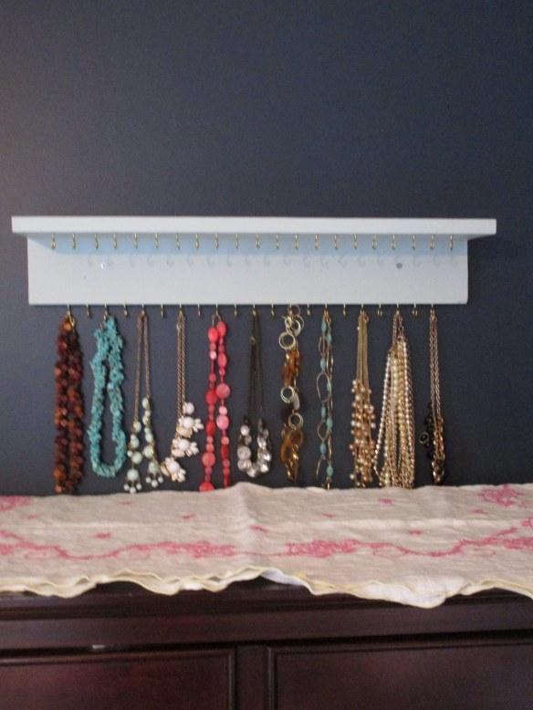 DIY: Jewelry Organizer // thegoldbrickroad.com