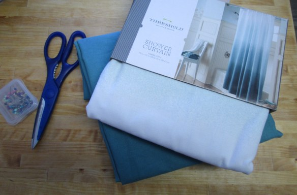Feelin' Crafty: No Sew Curtains // thegoldbrickroad.com