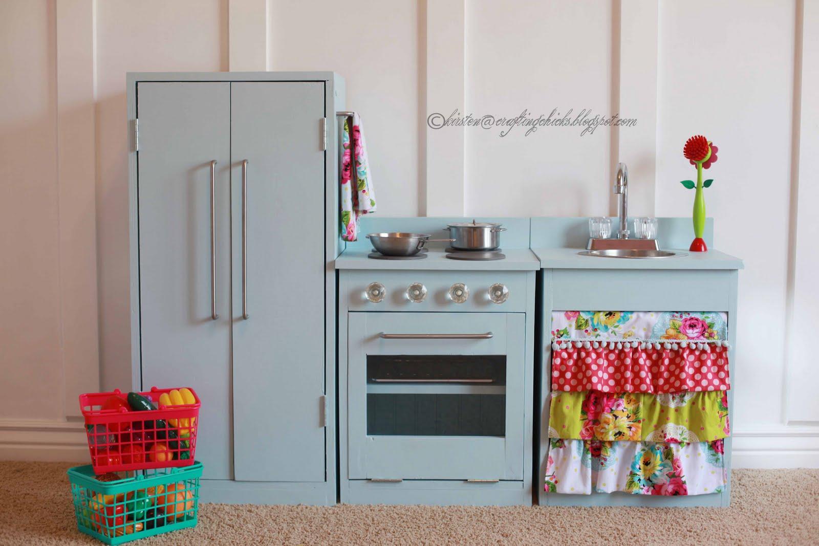 November 2015 the gold brick road kitchenette diy play kitchen solutioingenieria Gallery
