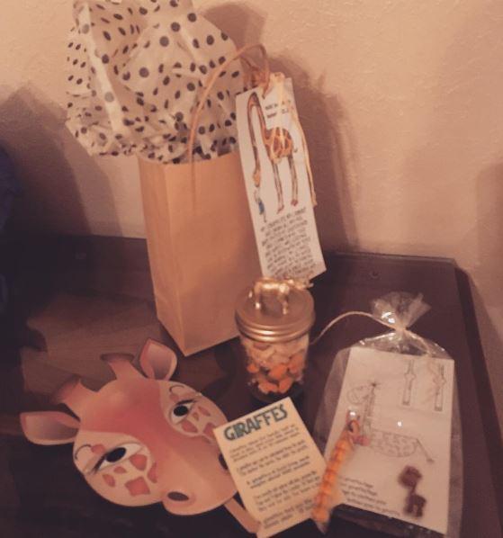 giraffe-gift-bags